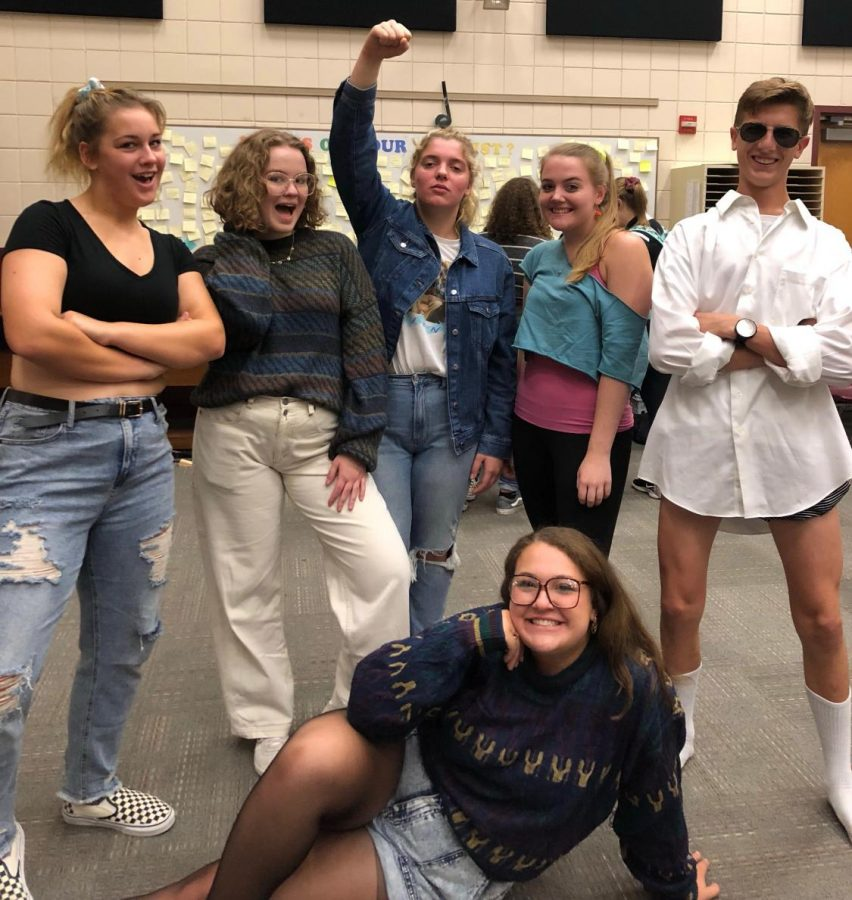 These choir students definitely rocked the 80s look on Tuesday!