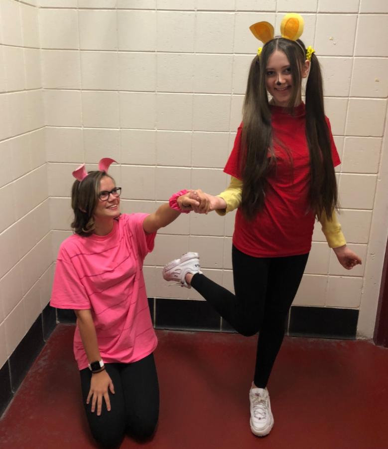 Ava Hauge and Maddi Holicky as Pooh and Piglet