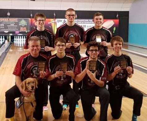 Bowling team qualifies for state competition