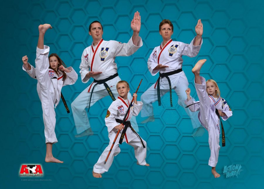 The+Schellin+family+Taekwondo+team%21