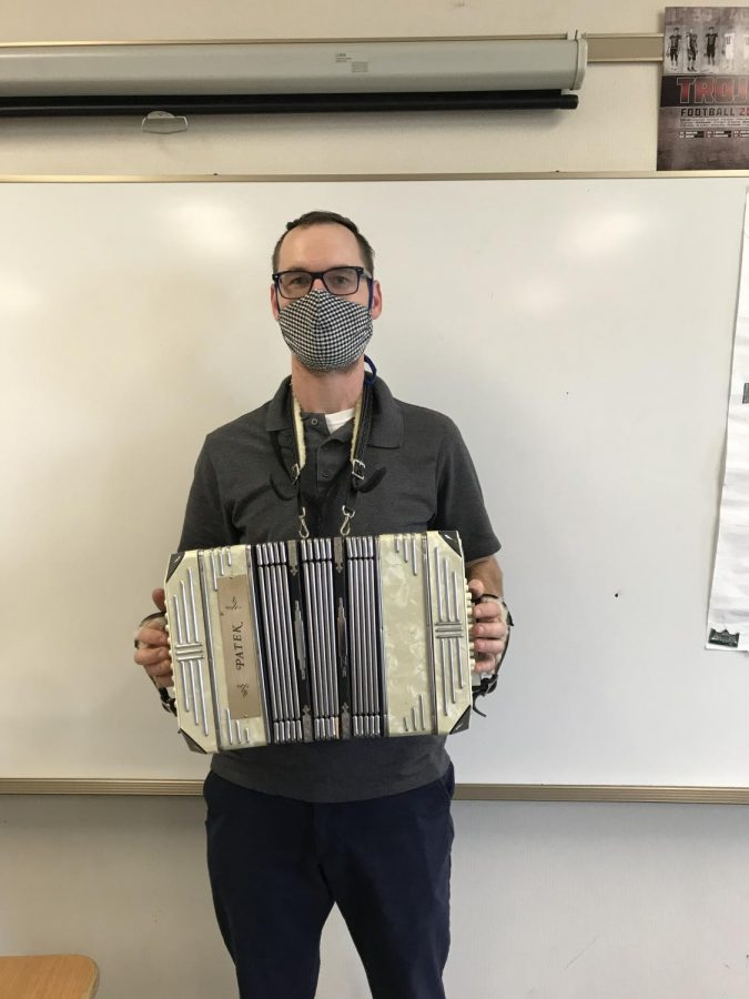 Herr Lacey spices up his classes with his love of accordion in between German lessons.