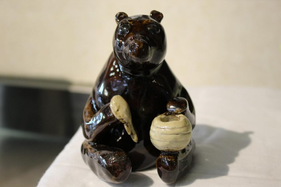 Hungry Bear by Sam Newton - Superior Sculpture