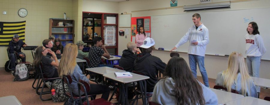 Freshman Seminar causes controversy